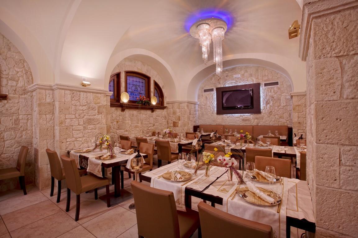 Sala-Ristorante-Hotel-Cenacolo